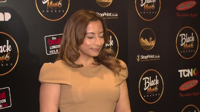 jasmine dotiwala on september 09, 2017 in london, england. - イングランド南東部点の映像素材/bロール