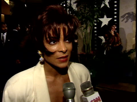 Jasmine Guy talks about her favorite Jack Nicholson film on red carpet