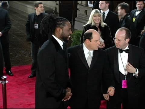 jason alexander and malcolm-jamal warner at the 2005 people's choice awards arrivals at the pasadena civic auditorium in pasadena, california on... - malcolm jamal warner stock videos & royalty-free footage