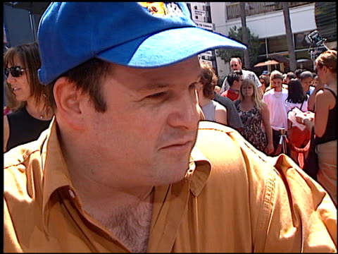 jason alexander at the premiere of 'the adventures of rocky and bullwinkle' at universal in universal city california on june 24 2000 - the adventures of rocky and bullwinkle 2000 film stock videos & royalty-free footage