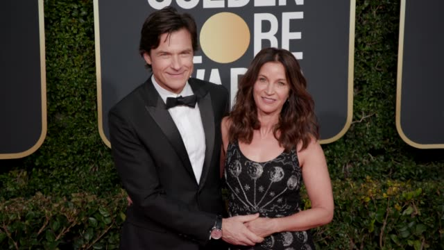 jason bateman and amanda anka at the 76th annual golden globe awards - arrivals- 4k footage at the beverly hilton hotel on january 06, 2019 in... - the beverly hilton hotel stock videos & royalty-free footage