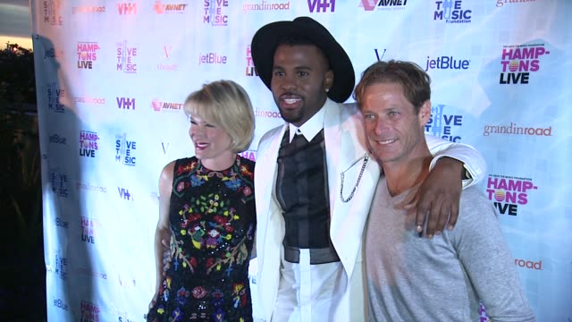 Jason Derulo Julie Macklowe and William Macklowe at Jason Derulo Headlines VH1 Save The Music Foundation's Hamptons Live Benefit on August 08 2015 in...