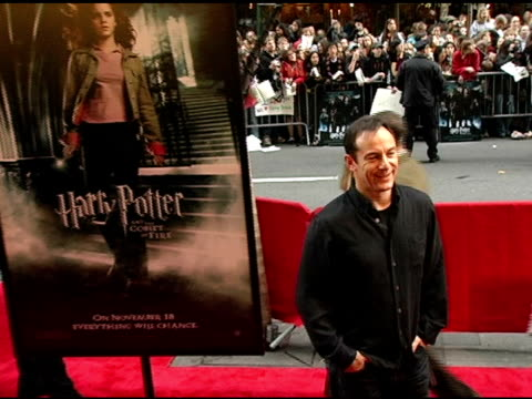 jason isaacs at the 'harry potter and the goblet of fire' new york premiere arrivals at the ziegfeld theatre in new york new york on november 12 2005 - jason isaacs stock videos & royalty-free footage