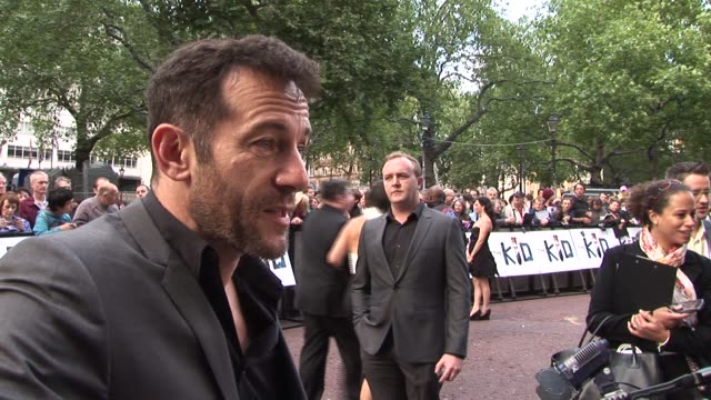 jason isaacs on supporting nick moran on gritty films on going into directing at the the kid uk premiere at london england - jason isaacs stock videos & royalty-free footage