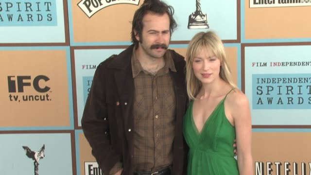 jason lee and carmen lee at the the 21st annual ifp independent spirit awards in santa monica, california on march 4, 2006. - independent feature project stock videos & royalty-free footage