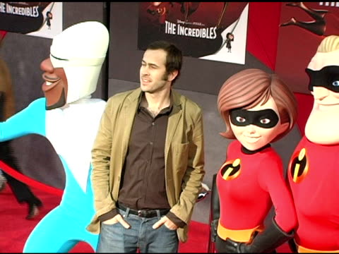 jason lee and the incredibles at the 'the incredibles' premiere at the el capitan theatre in hollywood california on october 25 2004 - el capitan theatre stock videos & royalty-free footage