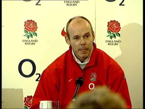 vídeos de stock e filmes b-roll de jason leonard dropped for england v ireland match itv late news u clive woodward press conference sot you've got to go with your gut feeling it's... - itv late news