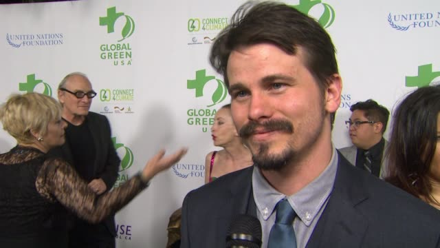 vídeos de stock, filmes e b-roll de interview jason ritter on the event at global green usa 13th annual preoscar® party in los angeles ca - global green usa