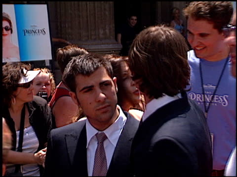 jason schwartzman at the premiere of 'the princess diaries' at the el capitan theatre in hollywood, california on july 29, 2001. - el capitan theatre stock videos & royalty-free footage
