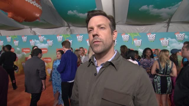 INTERVIEW Jason Sudeikis at Nickelodeon's 2016 Kids' Choice Awards at The Forum on March 12 2016 in Inglewood California