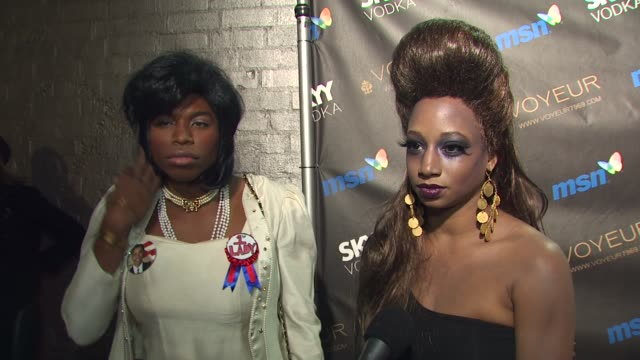 jason williams and monique coleman on jason being michelle obama and monique being 'zombeyonce' at the heidi klum's 10th annual halloween party at... - monique coleman stock videos & royalty-free footage