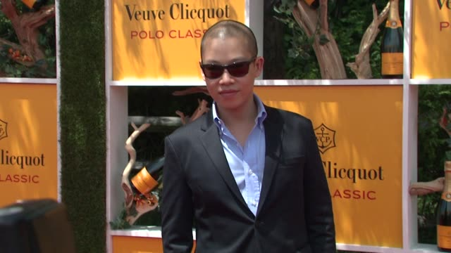 jason wu at the fifth annual veuve clicquot polo classic at liberty state park on june 02 2012 in jersey city new jersey - 動物を使うスポーツ点の映像素材/bロール