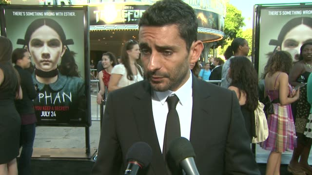 jaume colletserraon on what attracted him to this project why vera farmiga peter sarsgaard worked well together the film's reveal at the 'orphan'... - première video stock e b–roll