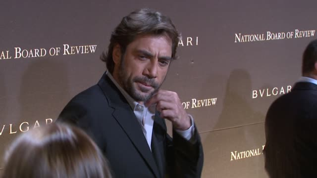 javier bardem at the 2007 national board of review of motion pictures awards gala at cipriani 42nd street in new york new york on january 15 2008 - javier bardem stock videos and b-roll footage