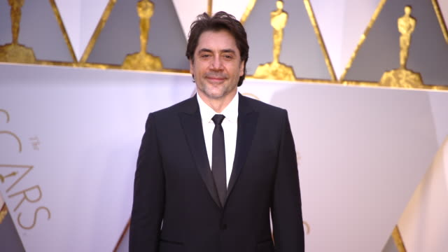 javier bardem at the 89th annual academy awards arrivals at hollywood highland center on february 26 2017 in hollywood california 4k - javier bardem stock videos and b-roll footage