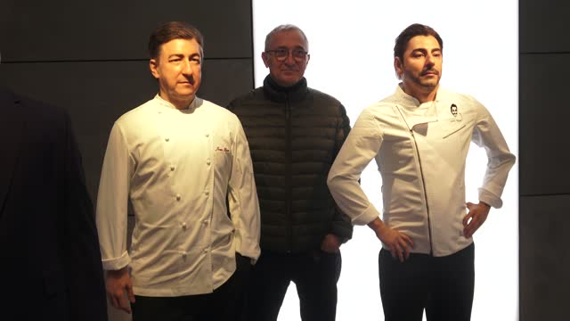 stockvideo's en b-roll-footage met javier sarda poses between the wax figures of chefs roca brothers during the inauguration of the remodeled wax museum on december 03, 2020 in... - roca
