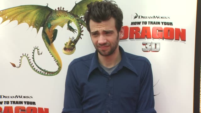 jay baruchel at the 'how to train your dragon' premiere at universal city ca - how to train your dragon stock videos & royalty-free footage