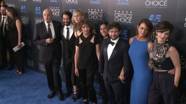 jay duplass, amy landecker, jeffrey tambour, jill soloway, and gaby hoffmann at the 2015 critics' choice television awards at the beverly hilton... - jeffrey tambor stock videos & royalty-free footage