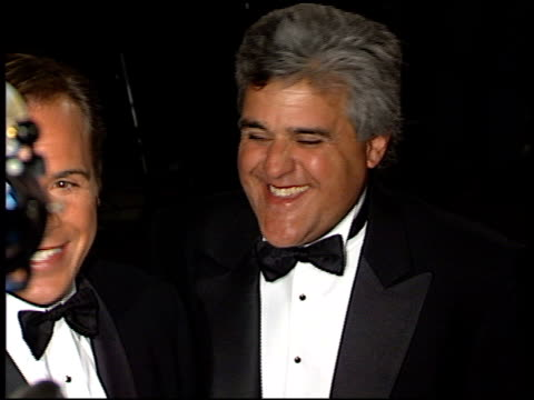 jay leno at the 1998 academy awards vanity fair party at morton's in west hollywood, california on march 23, 1998. - tv司会 ジェイ・レノ点の映像素材/bロール