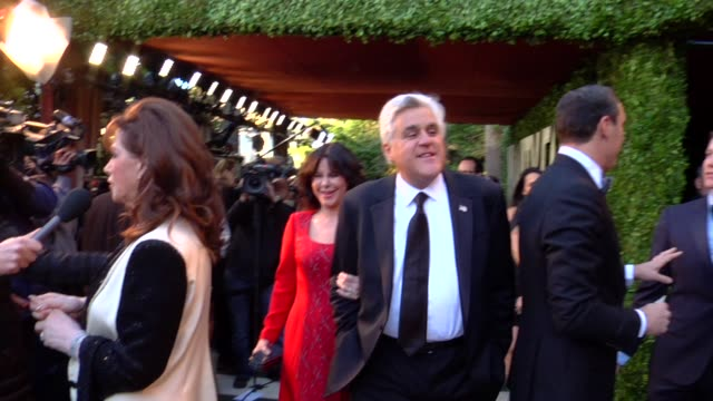 jay leno at the 2013 vanity fair oscar party hosted by graydon carter jay leno at the 2013 vanity fair oscar party at sunset tower on february 24,... - tv司会 ジェイ・レノ点の映像素材/bロール