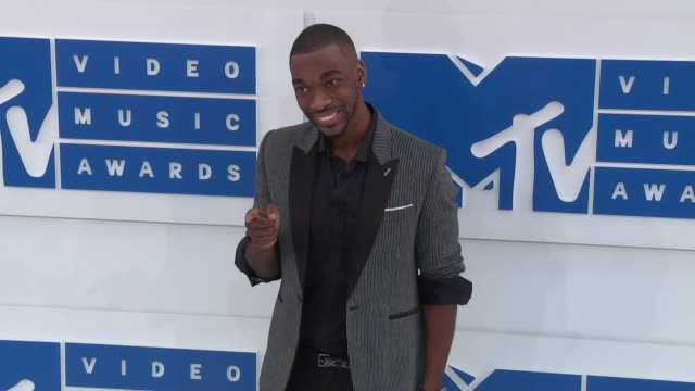 jay pharoah at 2016 mtv video music awards arrivals at madison square garden on august 28 2016 in new york city - jay pharoah stock videos and b-roll footage