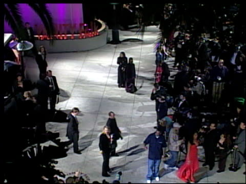 jayz at the 2002 academy awards vanity fair party at morton's in west hollywood california on march 24 2002 - hov bildbanksvideor och videomaterial från bakom kulisserna