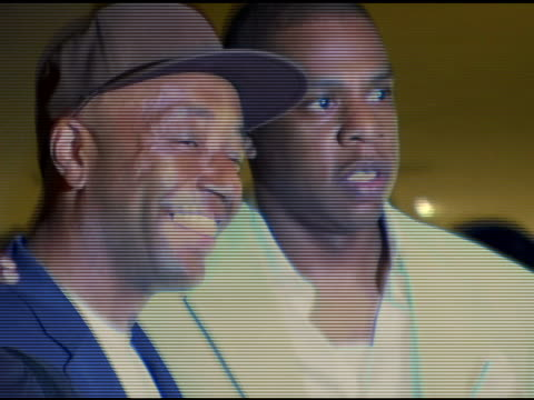 jayz/ president and ceo island def jam music and russell simmons/ def jam music founder at the uja federation of new york music visionary award... - russell simmons stock videos & royalty-free footage