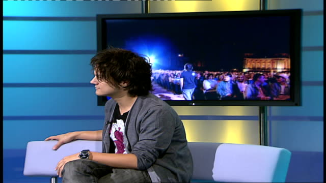 jamie cullum interview; jamie cullum interview sot - jamie cullum stock videos & royalty-free footage