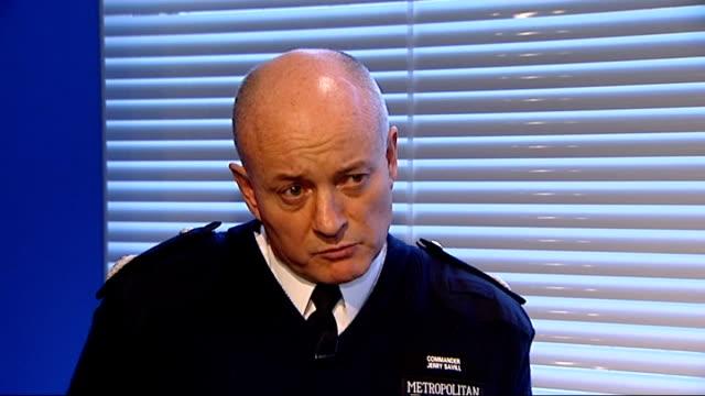 jury returns open verdict commander jerry savill interview sot - jean charles de menezes bildbanksvideor och videomaterial från bakom kulisserna
