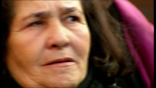 police marksman breaks down in witness stand oval ext maria otone de menezes wiping away tears outside inquest and making statement sottranslated - jean charles de menezes bildbanksvideor och videomaterial från bakom kulisserna
