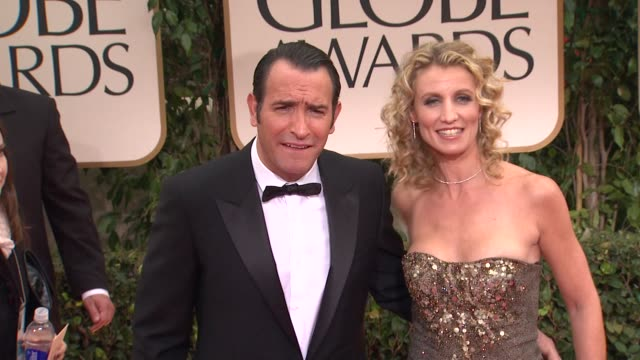 jean dujardin at 69th annual golden globe awards arrivals on january 15 2012 in beverly hills california - jean dujardin stock videos and b-roll footage
