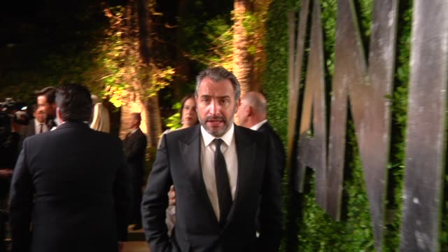 jean dujardin at the 2013 vanity fair oscar party hosted by graydon carter jean dujardin at the 2013 vanity fair oscar party at sunset tower on... - jean dujardin stock videos and b-roll footage