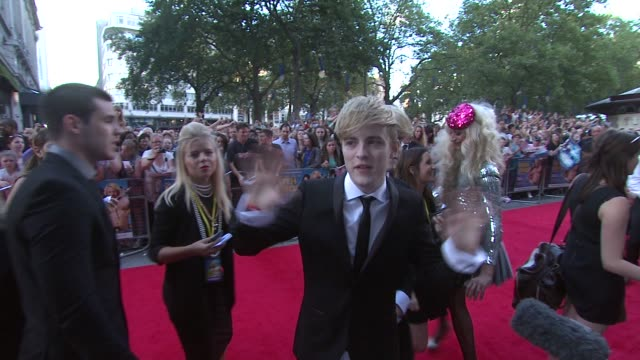 jedward on why audiences should see the film at keith lemon the film uk premiere at odeon leicester square on august 20 2012 in london england - jedward stock videos and b-roll footage