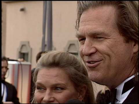 jeff bridges at the 2004 screen actors guild sag awards at the shrine auditorium in los angeles california on february 22 2004 - screen actors guild awards stock videos & royalty-free footage