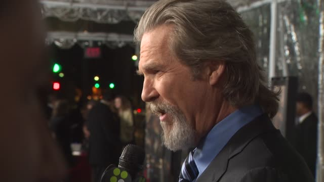 Jeff Bridges at the 'Crazy Heart' Premiere at Beverly Hills CA