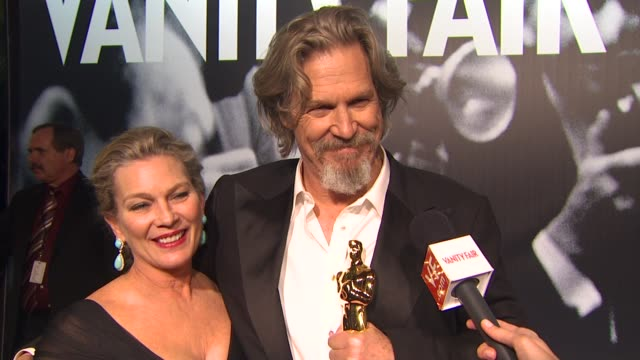 jeff bridges on how it feels to be an oscar winner at the 2010 vanity fair oscar party hosted by graydon carter at west hollywood ca - graydon carter stock videos and b-roll footage
