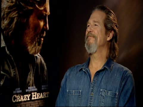 Jeff Bridges on the qualities in a fellow actor that make him want to work with them at the Crazy Heart Interview at London England