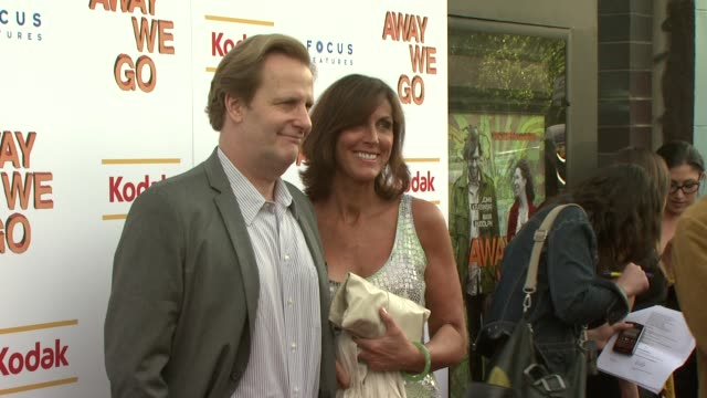 jeff daniels and guest at the 'away we go' screening at new york ny - away we go video stock e b–roll