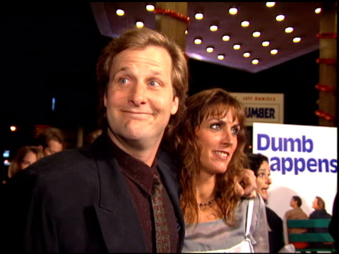 jeff daniels at the 'dumb and dumber' premiere at the cinerama dome at arclight cinemas in hollywood, california on december 6, 1994. - arclight cinemas hollywood stock videos & royalty-free footage