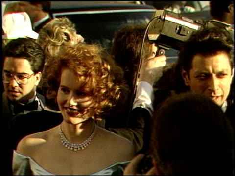 vidéos et rushes de jeff goldblum at the 1989 academy awards at the shrine auditorium in los angeles, california on march 29, 1989. - 61e cérémonie des oscars