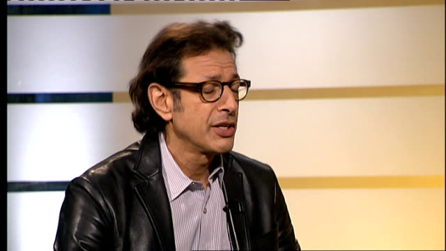 London GIR INT Jeff Goldblum LIVE STUDIO interview SOT On play 'The Prisoner of Second Avenue' Working with Old Vic again produced by Kevin Spacey