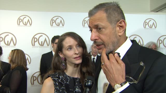vidéos et rushes de jeff goldblum on the grand budapest hotel, on the screenplay, on wes anderson at 26th annual producers guild awards in los angeles, ca 1/24/15 - producer's guild of america awards
