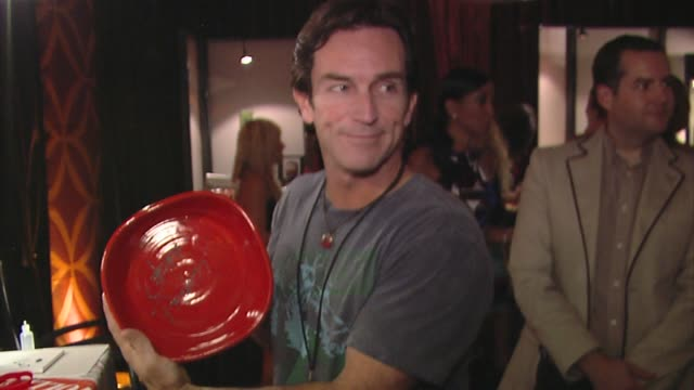 jeff probst at the bertolli at the presenters gift lounge celebrating the primetime emmy awards hosted by aeg ehrlich ventures at los angeles ca. - gift lounge stock videos & royalty-free footage