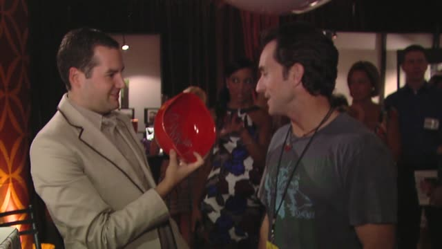 jeff probst, ross mathews at the bertolli at the presenters gift lounge celebrating the primetime emmy awards hosted by aeg ehrlich ventures at los... - gift lounge stock videos & royalty-free footage