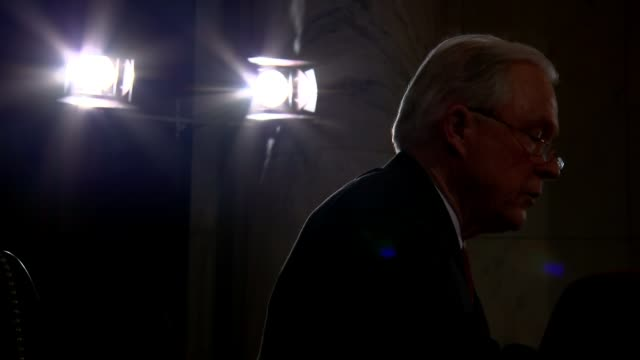 stockvideo's en b-roll-footage met jeff sessions to be appointed next attorney general side view senator sessions speaking - procureur generaal