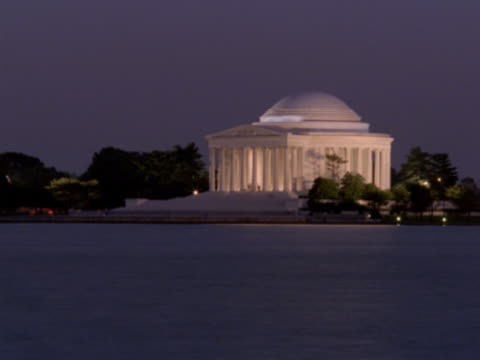 vidéos et rushes de jefferson memorial at night - jefferson memorial