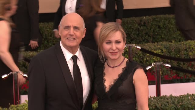 jeffrey tambor and kasia ostlun at 23rd annual screen actors guild awards - arrivals at the shrine expo hall on january 29, 2017 in los angeles,... - jeffrey tambor stock videos & royalty-free footage