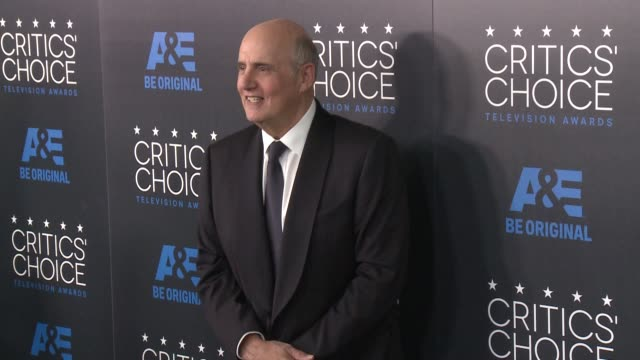 jeffrey tambour at the 2015 critics' choice television awards at the beverly hilton hotel on may 31, 2015 in beverly hills, california. - 放送テレビ批評家協会賞点の映像素材/bロール