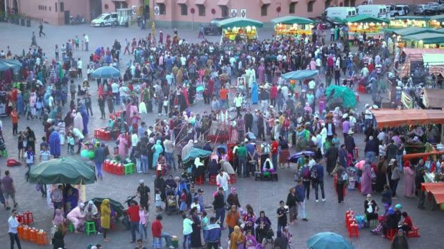 vidéos et rushes de jemma el-fna - marché