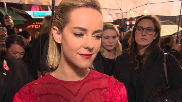 INTERVIEW Jena Malone on her friendship with Jennifer Lawren at 'The Hunger Games Catching Fire' Premiere on November 11 2013 in London England